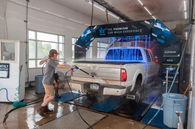 Can a Pickup Truck Go Through a Car Wash