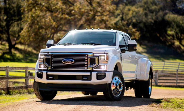 How Much Does a Ford F450 Super Duty Weigh