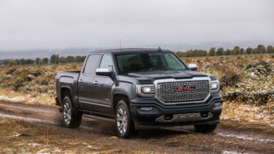 How Much Does a GMC Sierra 2500 Weigh?