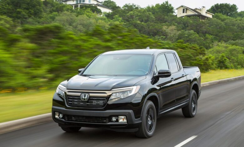 How Much Does a Honda Ridgeline Weigh?