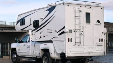 Rugged Mountain Polar 990 Camper