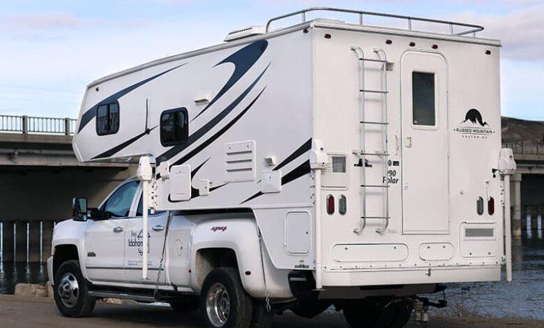 Rugged Mountain Polar 990 Camper