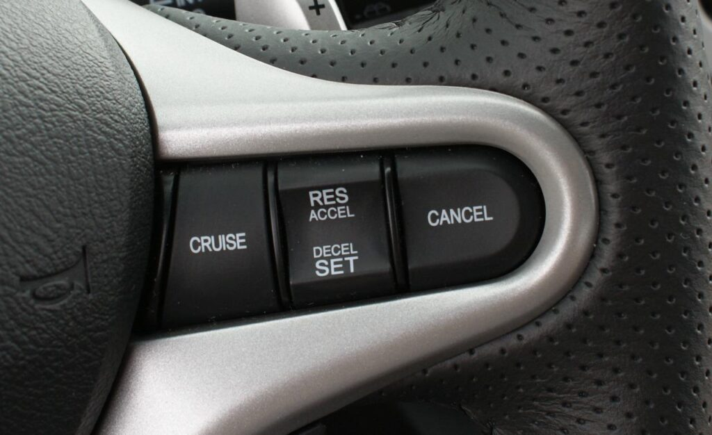 Do Motorhomes Have Cruise Control?