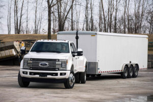 How to Drive a Truck With a Trailer in Reverse?