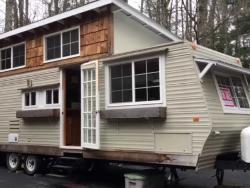 How to Build an Addition on a Travel Trailer?